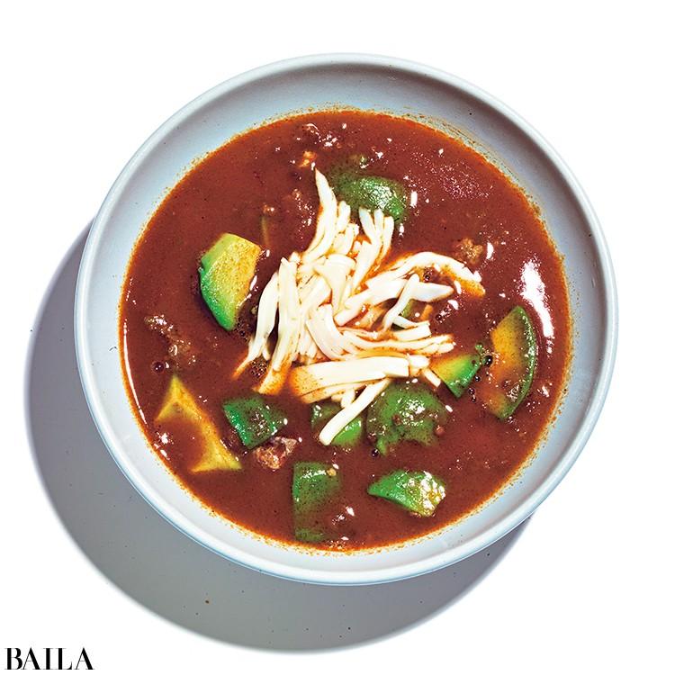 ミートソースとアボカドのスープ