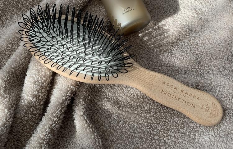 SHIROの頭皮セラムとACCA KAPPAのプロテクションブラシで頭皮ケア元年!【エディターのおうち私物#214】_3