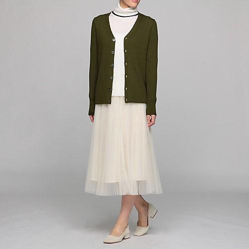 腰高パンツなら、ワントーンの配色でも美ボディスタイルに!_4