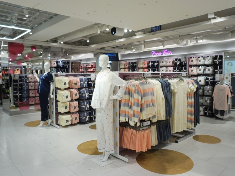 新オープン【ジーユー(GU) 渋谷店】に働く女子が行くべき13の理由_2_4