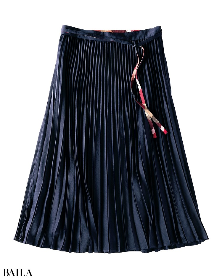 ブルーレーベル・クレストブリッジのスカート