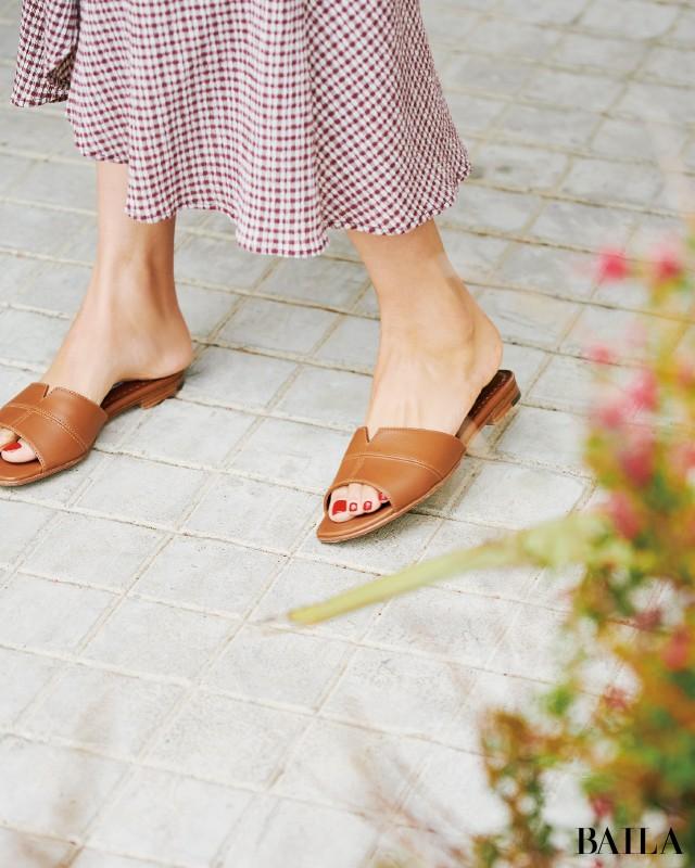 「ワンピース」×「フラット靴」の最強コンビで大人の可愛げを楽しんで♪_4