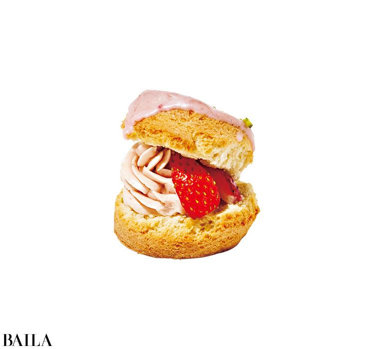 BAKERS gonna BAKEの Very Berry ストロベリーショートスコーン