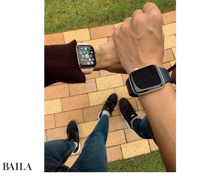 「Apple Watchはどんなフ ァッションにもなじむ スタイリッシュさと高 い機能性で一度使った ら手放せない相棒に。 通勤にも大活躍です」