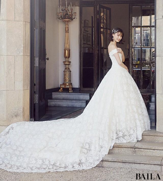 【写真】大政 絢の美貌が際立つウエディングドレス_5