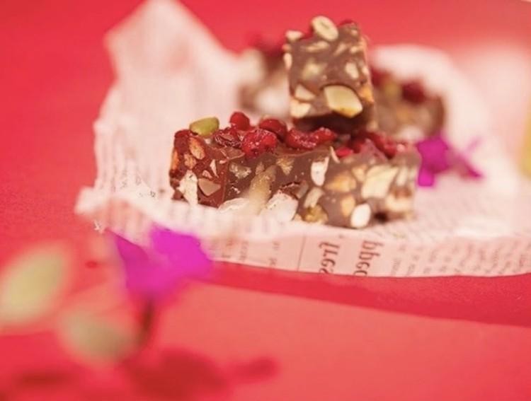 4stepレシピ◎コンビニ板チョコで簡単バレンタインスイーツ_1