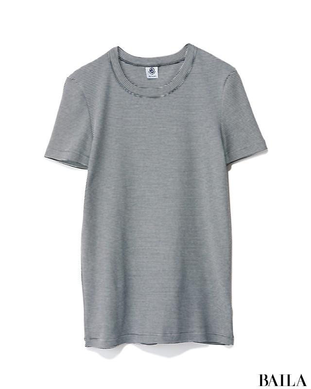 実家に帰る日は、まろやかカラーのリラックスTシャツコーデ【2019/6/16のコーデ】_2_1