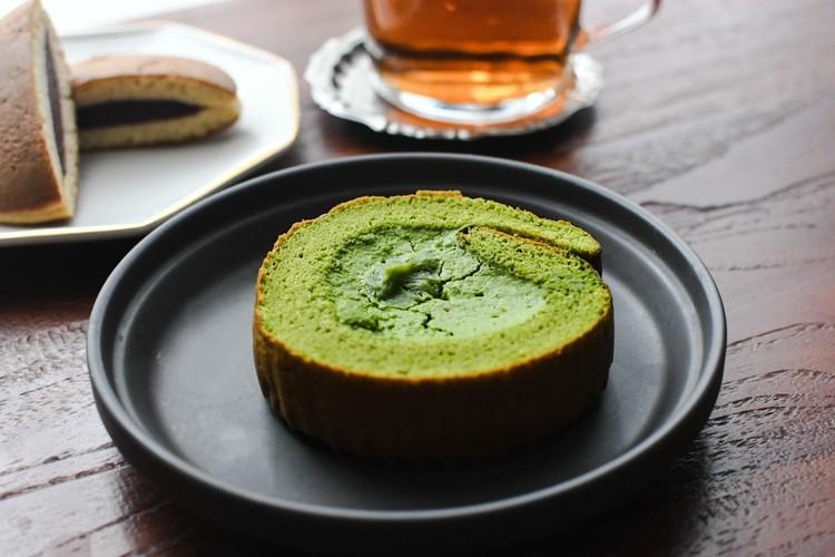 【シャトレーゼ】糖質50%カットの抹茶ロール