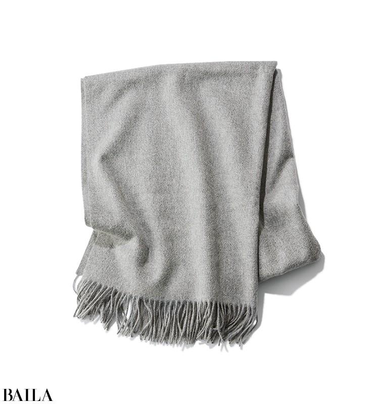 会議がある日は、ジャケットに白スカートの真面目コーデ【2020/1/29のコーデ】_2_1