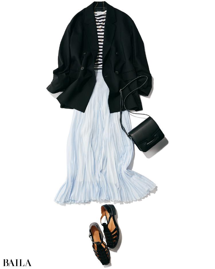 スカートとジャケットコーデ
