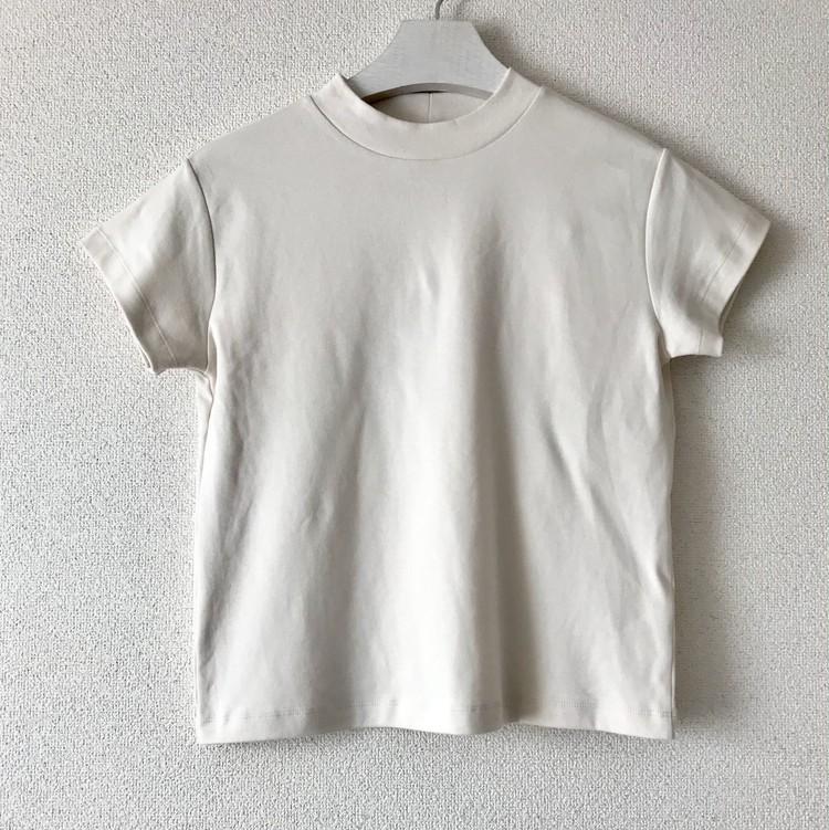 ¥990で大人女子も高見えきれい!【ジーユー(GU)】超高コスパTシャツ&トップス人気4選_1