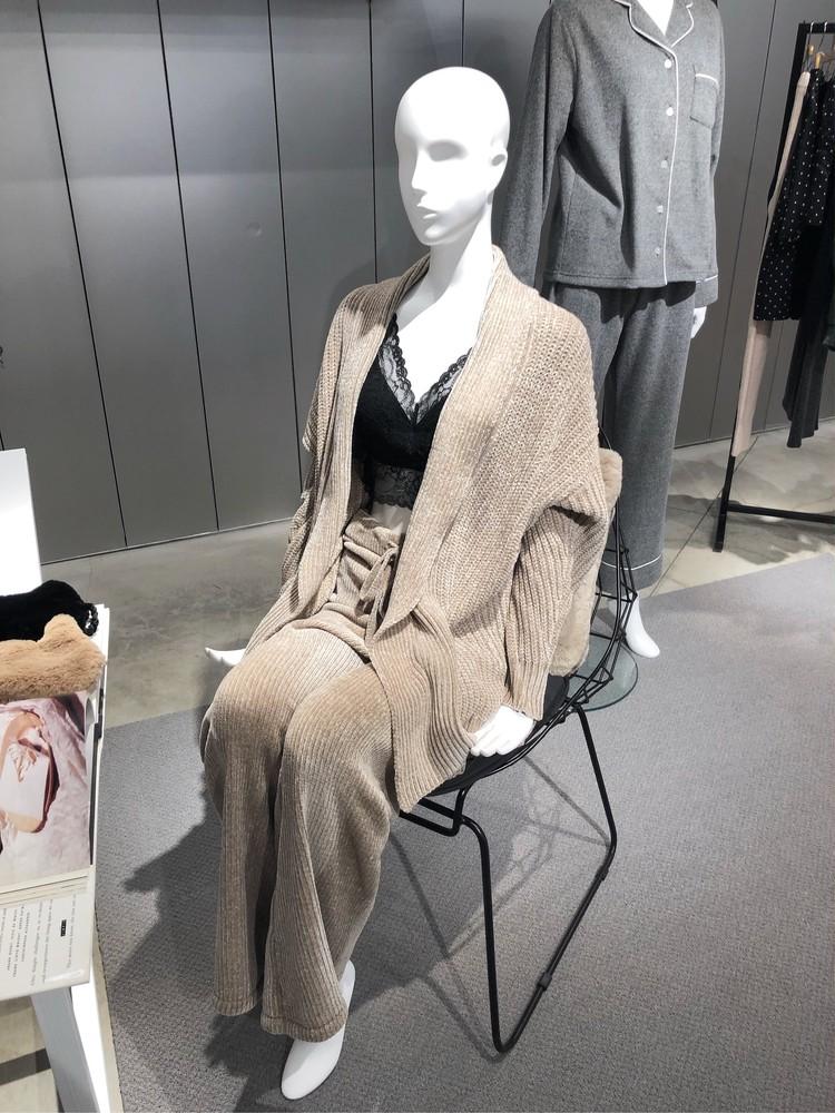 GU秋冬新作②続・レディース+メンズ&キッズ_12