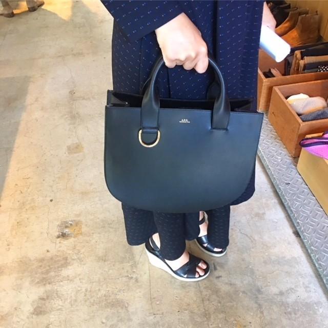A.P.Cのレザーバッグや小物はデザインも値段も超優秀!_2_6