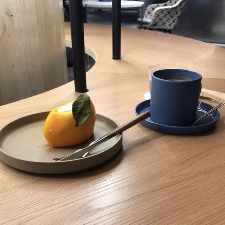 京都カフェ・アーティスティックなRAUのケーキ_2