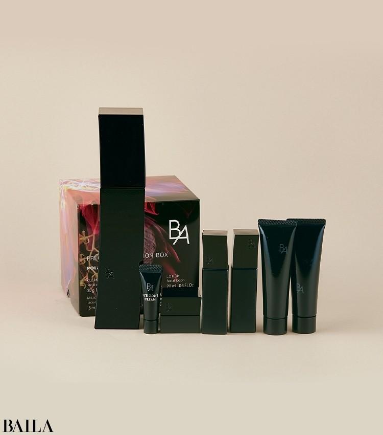 使った瞬間から肌のハリを実感できる、大人のためのスキンケアライン「B.A」。ローションの現品を購入すると、クレンジング、洗顔、ローション、ミルク、クリーム、アイクリームを贅沢に試せるトライアルBOXがセットに。B.A プレシャス コレクション ボックス B.A ローション 本品セット ¥24750/ポーラ
