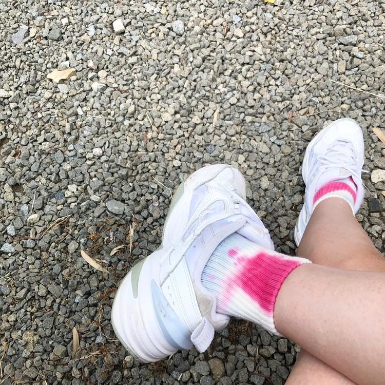 タイダイ柄の靴下どう履く?夏のアウトドアコーデ_1