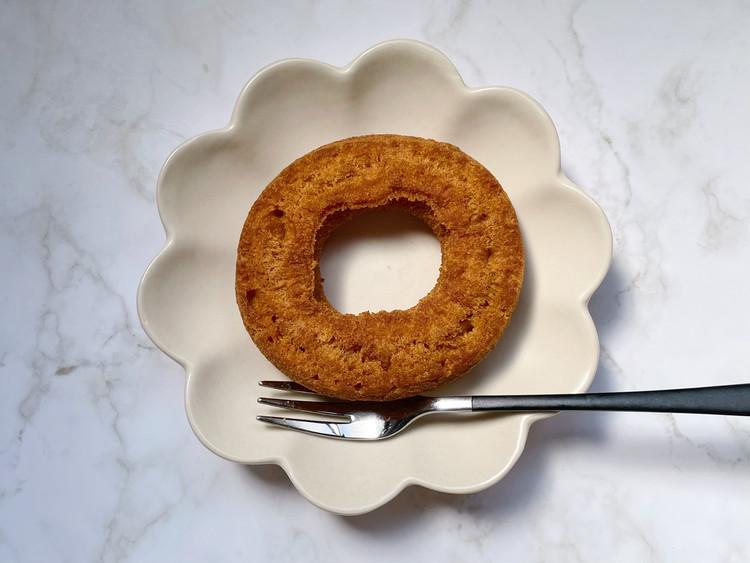 糖質10g以下のお菓子 キャラメルドーナツ(パッケージ)