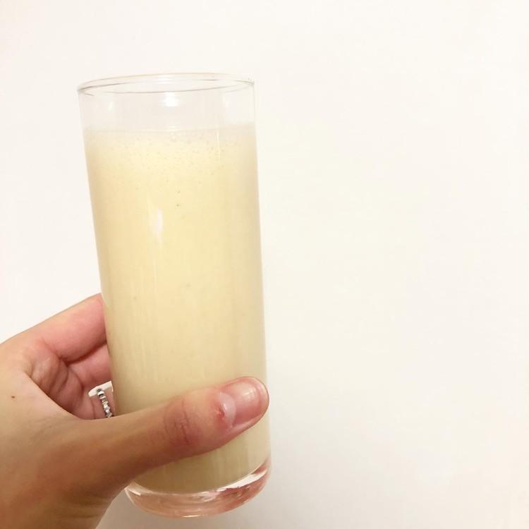簡単レシピ】2分で完成!アーモンドミルクを使った美容ドリンク_4