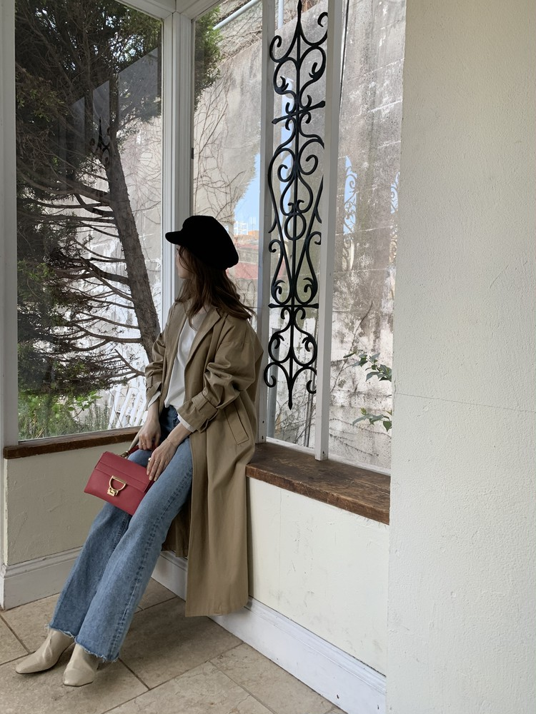コーデを格上げ!「きれい色」ミニバッグは春の必需品。_1