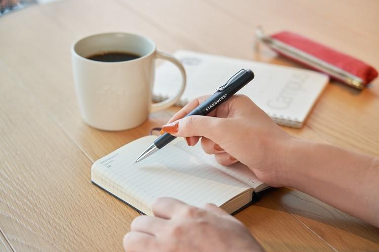 スタバが買える非接触決済機能(Felica)搭載ボールペン「STARBUCKS Touch The Pen(スターバックス タッチ ペン)」は文房具メーカー ゼブラ(ZEBRA)とコラボ