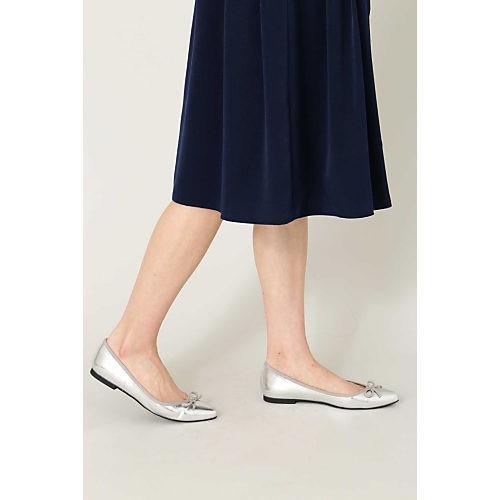 爽やかプリーツコーデは、細バングル&靴のWシルバー小物で涼しげに! _8