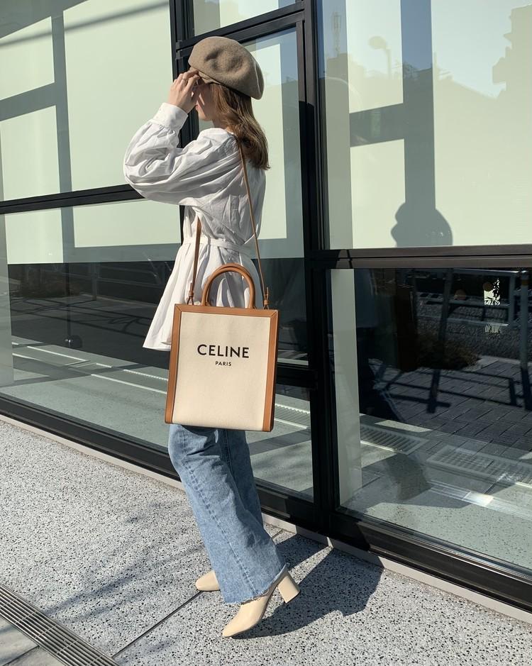 【CELINE】本命春バッグは「ブランドロゴトート」_5