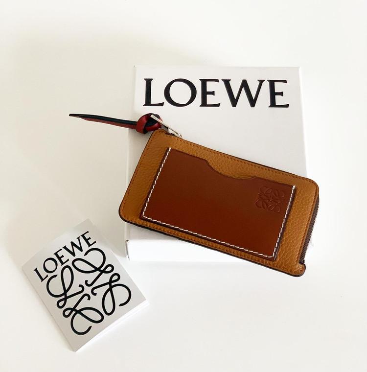 【働く30代の名品】LOEWE(ミニ財布)_2