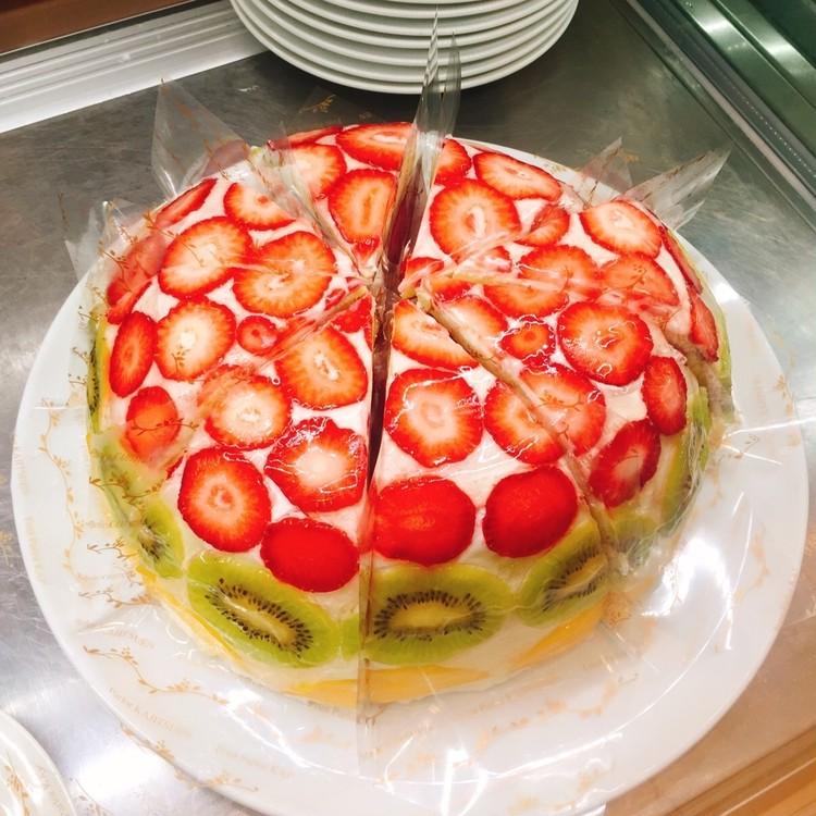 ケーキもパフェもフォトジェニック! 昨年7月オープンの「果実園 リーベル 新宿店」_2