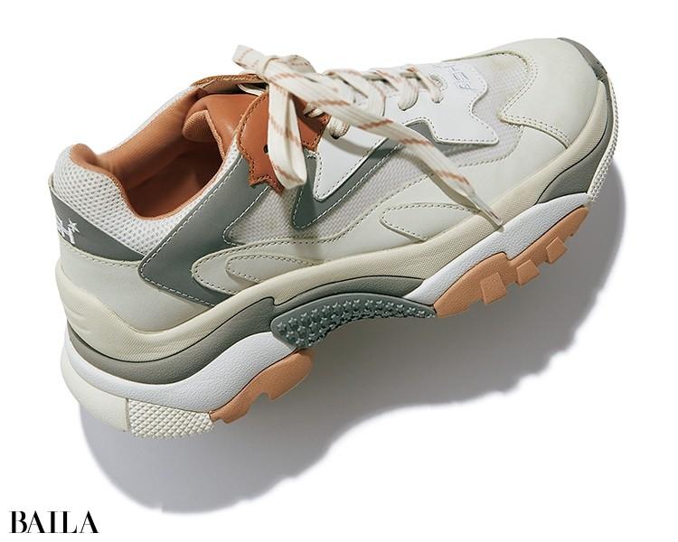靴¥32000/ハヤシゴ(アッシュ)