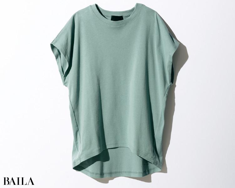 ノーク バイ ザ ラインのTシャツ