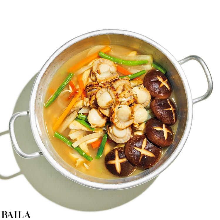 ホタテと根菜の塩こうじ鍋
