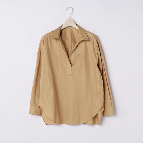 頼るのはやっぱり洗えるシャツ! こっくり色でも涼しげなパンツスタイルで通勤!_4
