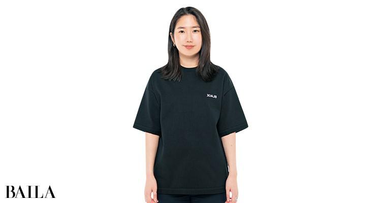 シンゾーンのTシャツを編集Wが試着