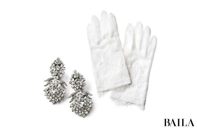 Earrings & Gloves