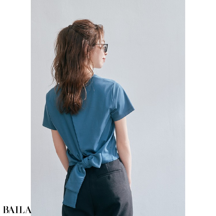 Tシャツの後ろ姿にも自信をくれるデザイン