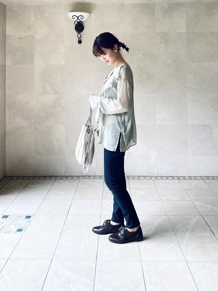 【UNIQLO】史上最強の美脚パンツでプチプラコーデ_2