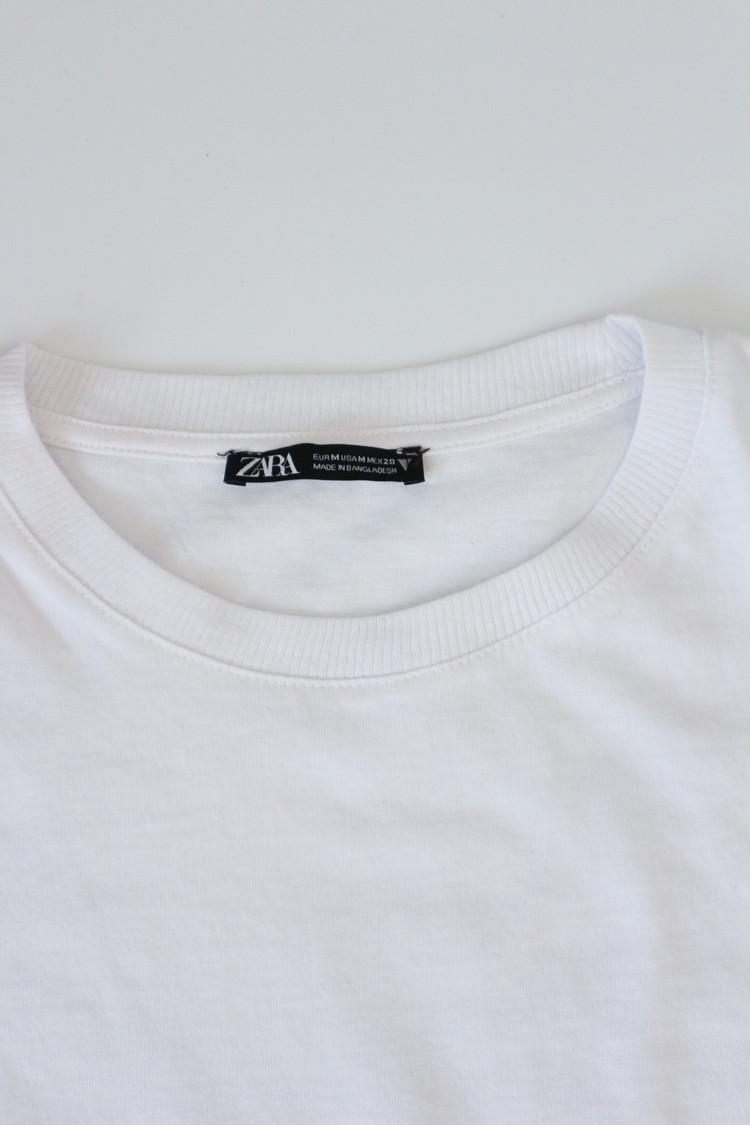 ZARAベーシックTシャツ襟ぐり