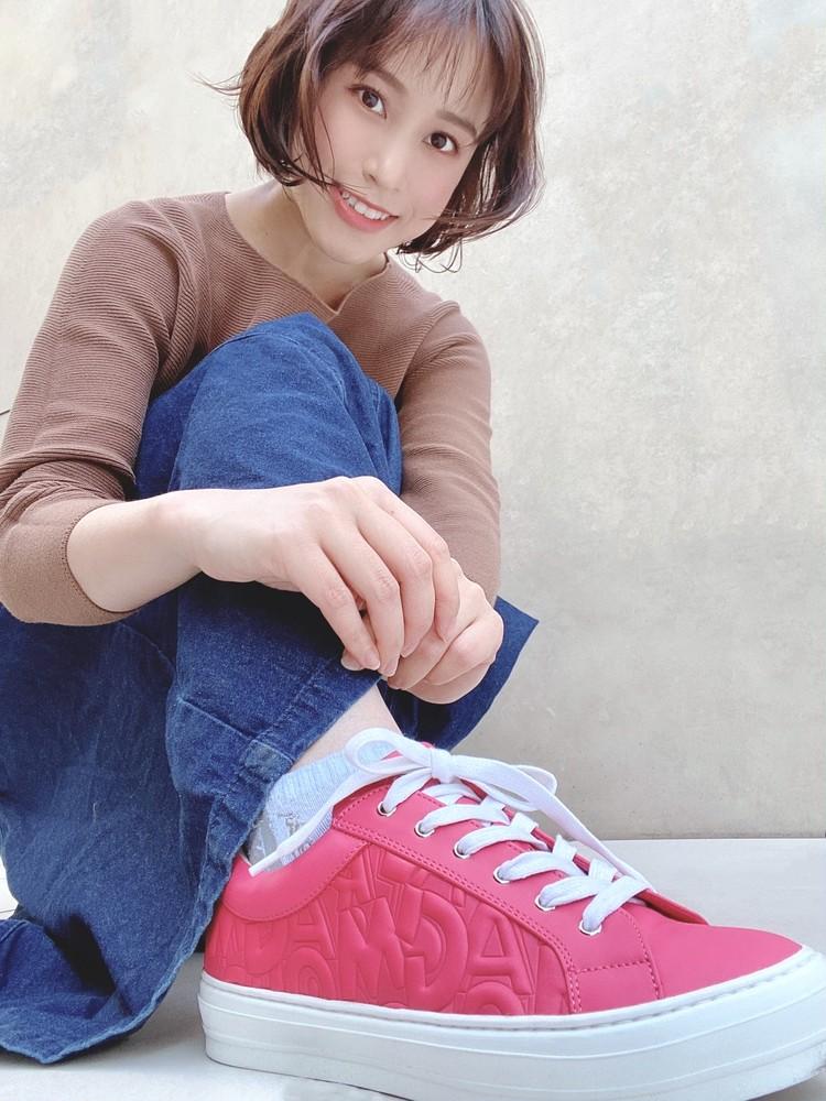 アラサーの履くピンク♡Ferragamoスニーカー_2