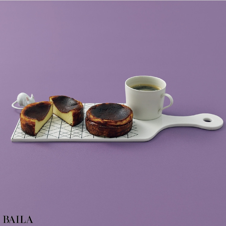 チーズケーキに合うコーヒーがセット♪【チリンギート エスクリバのバスクチーズケーキとコーヒーのギフトセット】