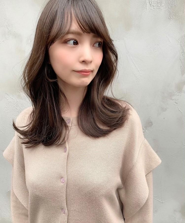 韓国で人気のヨシンモリ♡くすみグレージュで冬のゆるかわヘアスタイル_1