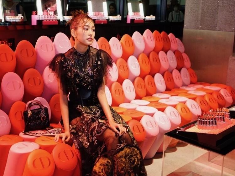 桐谷美玲♡カーラ競演【Dior Addict(ディオール アディクト)】期間限定メイクアップイベントスタート!_8