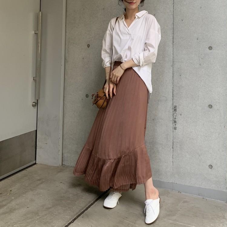 白シャツ×スカート。秋はブラウンが断然おしゃれで女っぽい♡_6