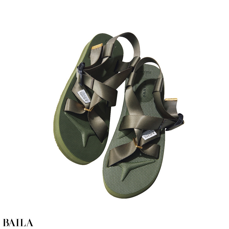 モデル着用 靴(3.4)¥ 13200/フレイ アイディー ルミネ新宿2店(フレイ アイディー×スイコック)