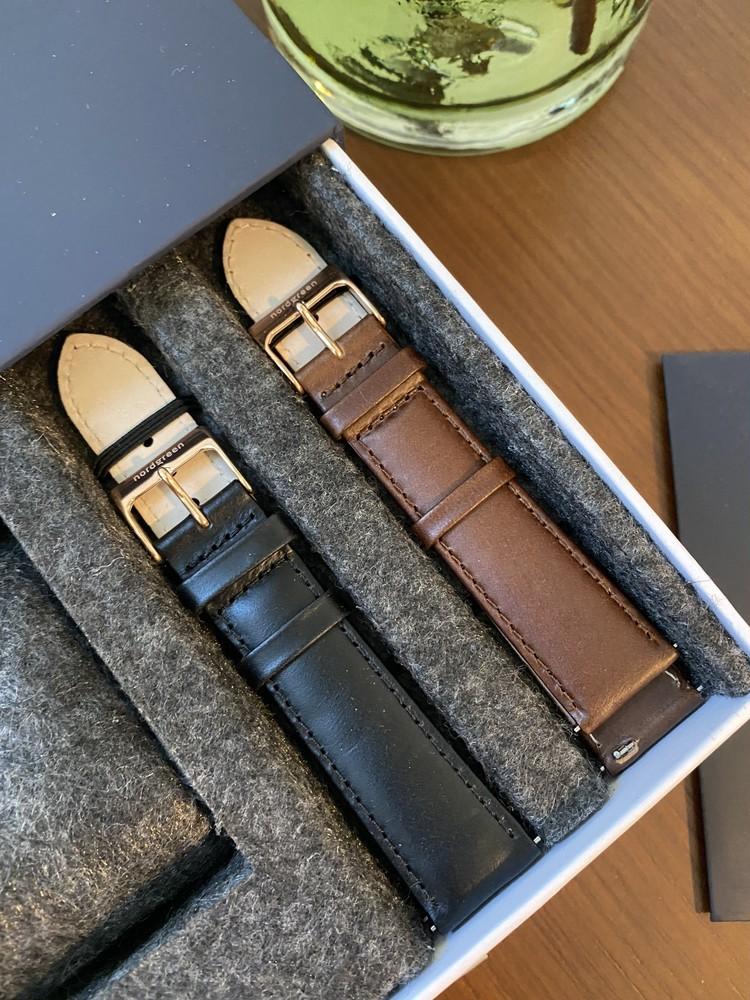 北欧スタイルのミニマルな腕時計_3