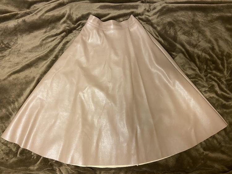 DHOLICスカート