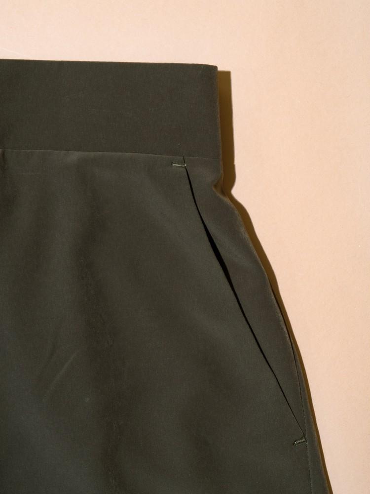 ZARAハイウエストパンツのサイドポケット