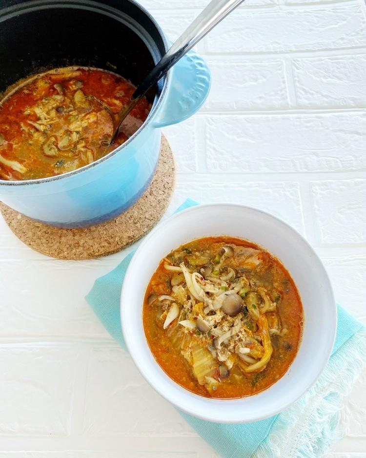 【高たんぱくな「缶詰」レシピ1】サバ缶とキムチのスープ