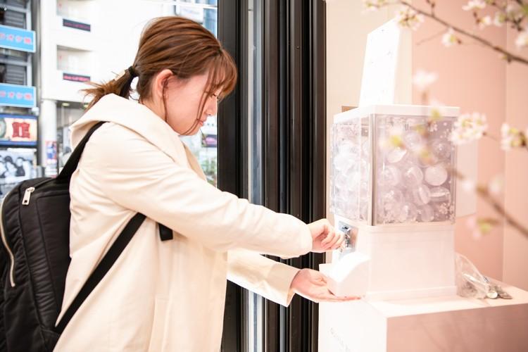 【オリビア・バートン】誕生石カラーのストーンをあしらったボールペンが発売!_5