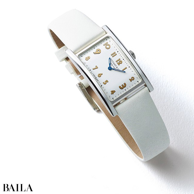 「ティファニー イースト ウエスト ミニ」時計ホワイト