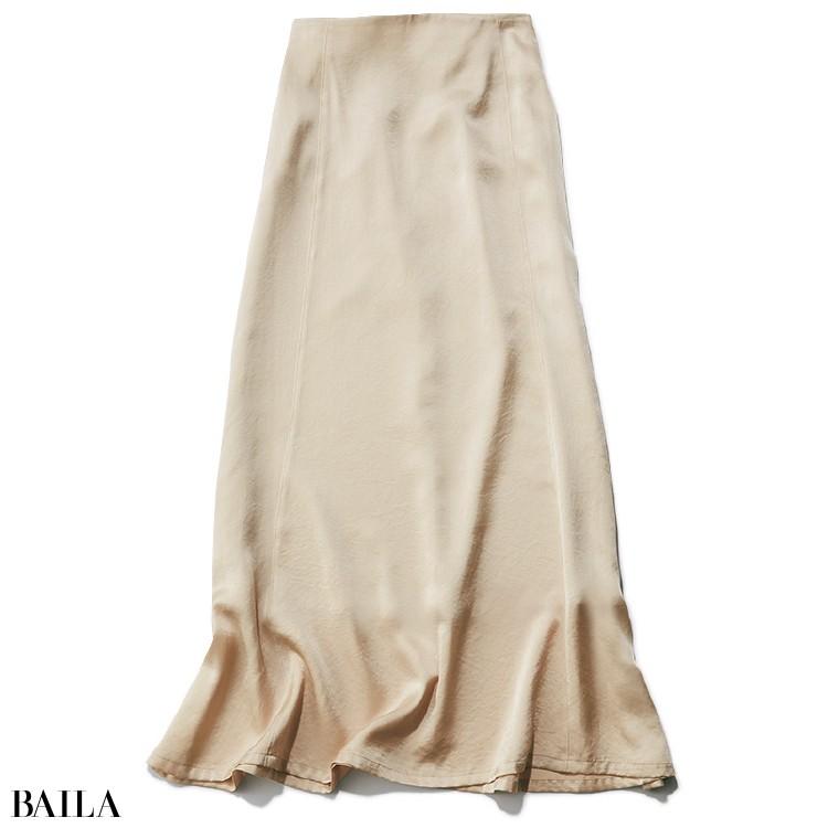 エミ アトリエのサテンスカート